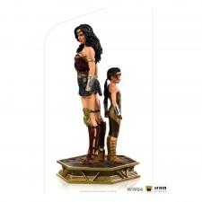 Wonder Woman & Young Diana...