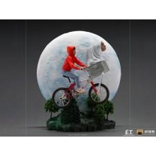 E.T. & Elliot - Art Scale...