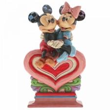 Disney Traditions : Heart...